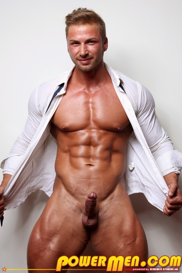 Kane-Griffin-Muscle-Hunks-nude-gay-bodybuilders-porn-muscle-men-muscled-hunks-big-uncut-cocks-tattooed-ripped-02-gallery-video-photo