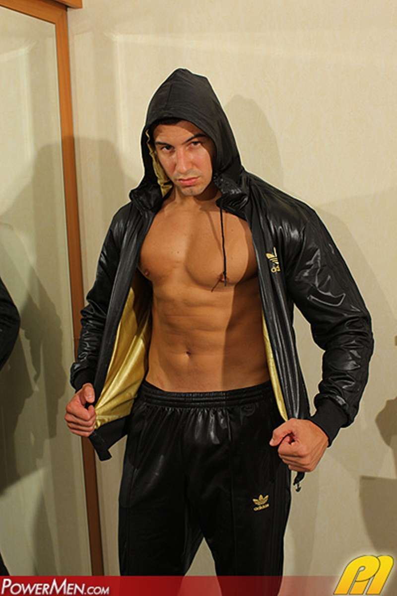 PowerMen-naked-bodybuilder-Gio-Permalucci-beefy-man-meat-big-muscle-dick-big-shaved-smooth-balls-uncut-cock-001-tube-download-torrent-gallery-sexpics-photo