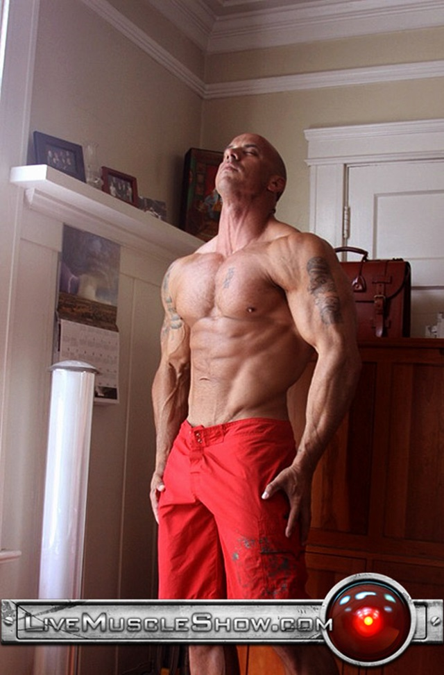 Vin-Marco-Live-Muscle-Show-Gay-Porn-Naked-Bodybuilder-nude-bodybuilders-gay-fuck-muscles-big-muscle-men-gay-sex-002-gallery-video-photo